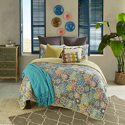 Riyadh Reversible Quilt Set, Multi