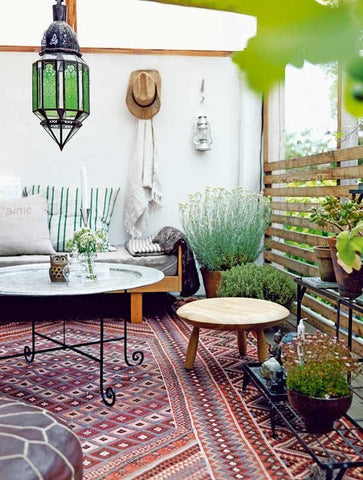Gingerly Witty Friday LinkFest outdoor space bohemian