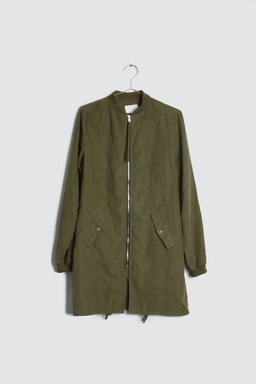Foggy SF Nights Jacket - olive; Great all-weather jacket in a lightweight washed woven fabrication featuring a zipper front, drawstring hem and front pockets. Detailed design & great length.; all row; Gingerly Witty