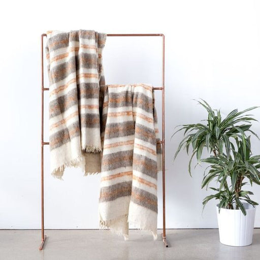 Otoño Blanket, Local + Lejos - Gingerly Witty