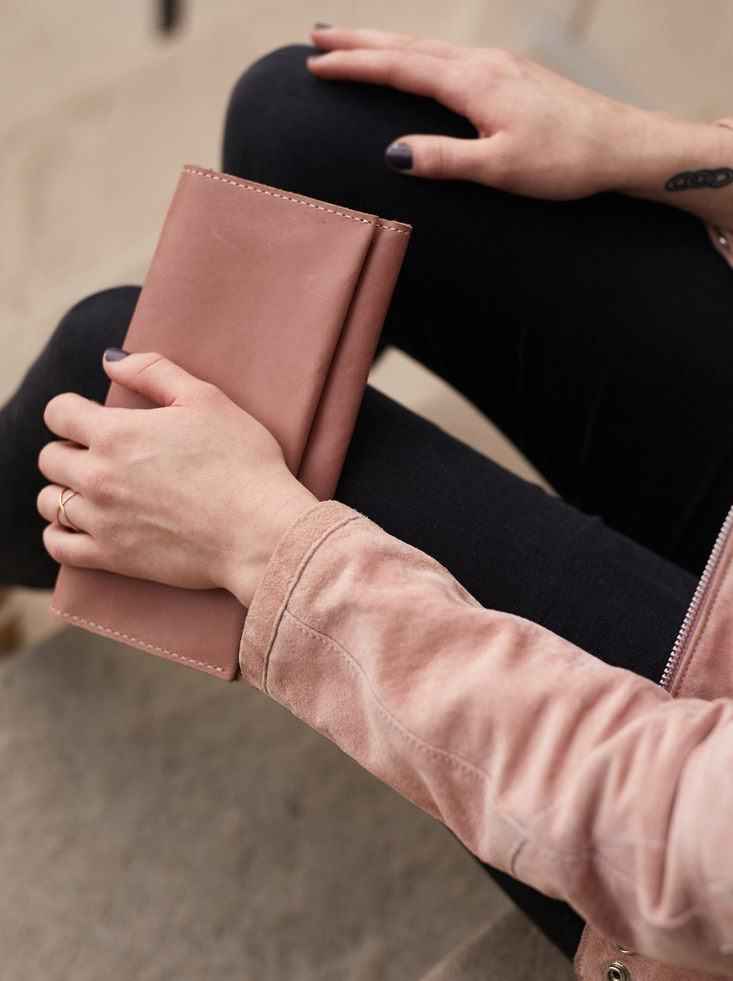 Debre Minimal Wallet - Dusty Rose Gingerly Witty