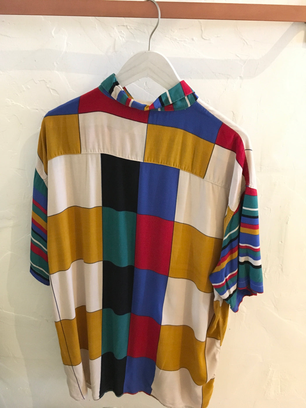 80s Oversized Rainbow Abstract Print Button-Down - Size L