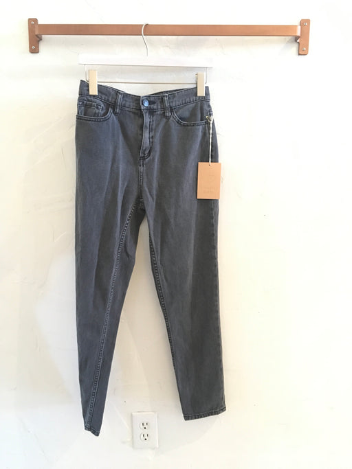 UO Mom Jeans in Washed Black - Size 26