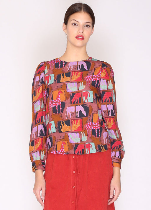 Long-sleeved top. Round neck. Regular fit. Zebras and giraffes all-over print. By Spanish label Pepaloves. ; Gingerly Witty