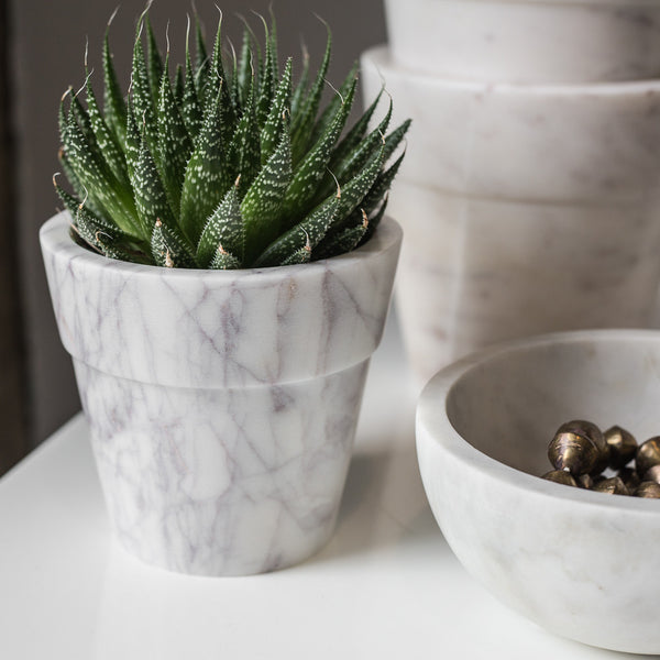 MARBLE MEDIUM FLOWER POT