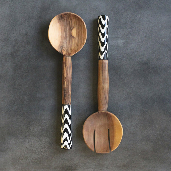 OLIVE WOOD SALAD TONGS
