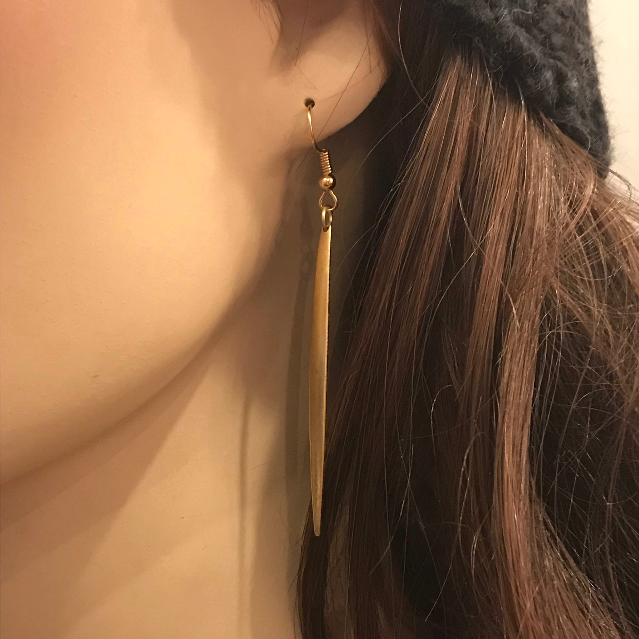 Pointed Oblong Earring