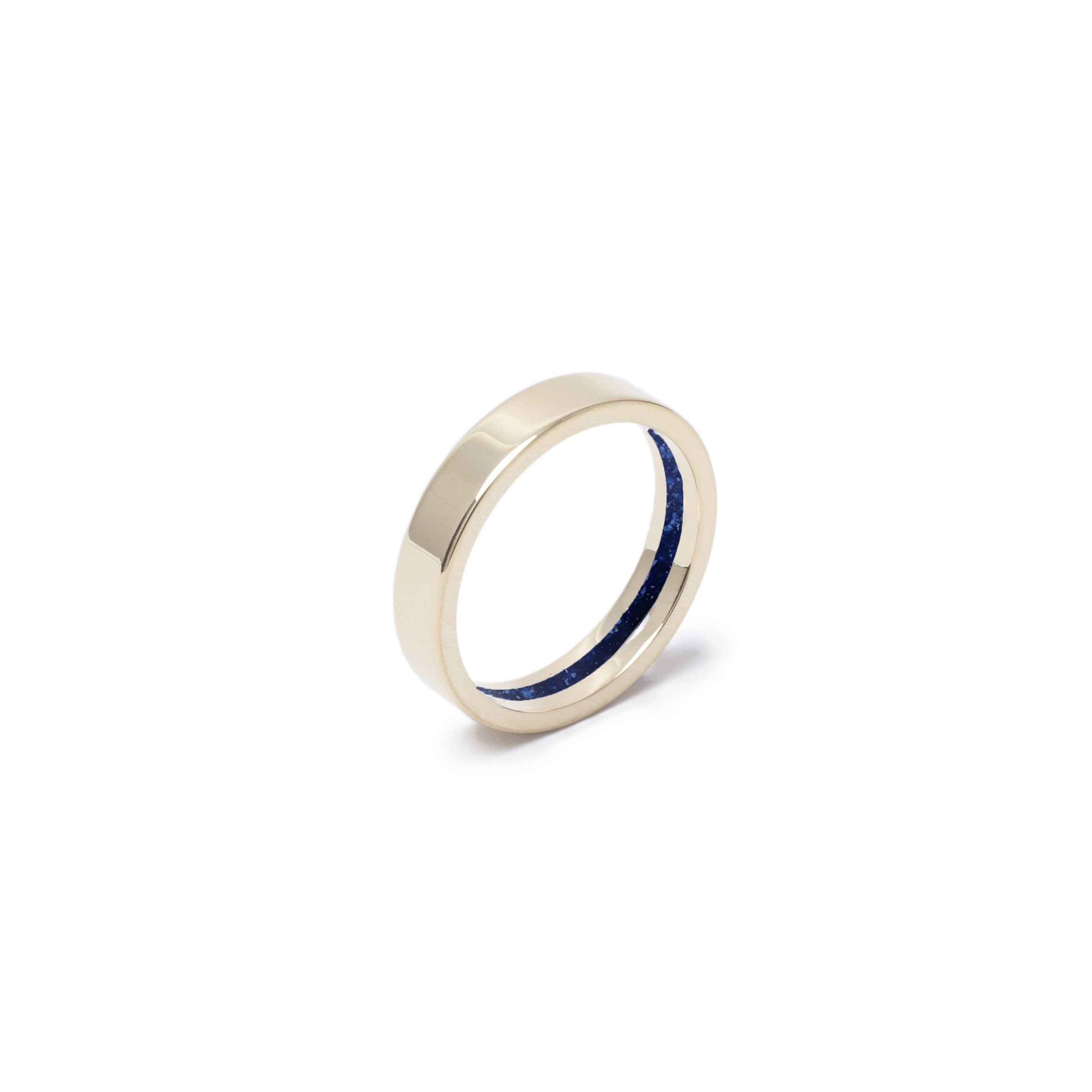 Everence Ring, 10k Yellow Gold everence.life 4mm Navy