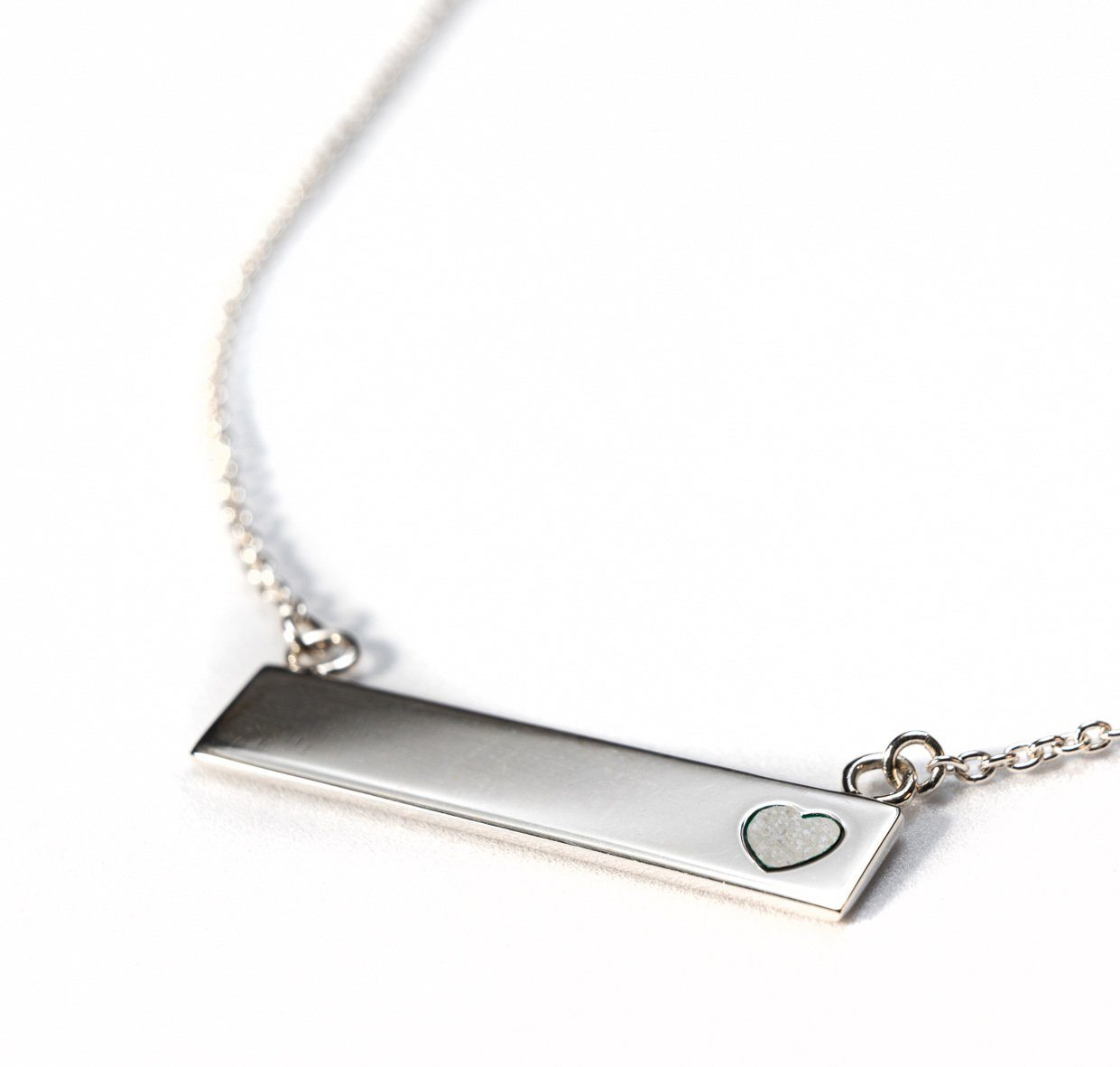 Sterling Silver Bar Necklace with Heart Everence Inlay everence.life Pearl