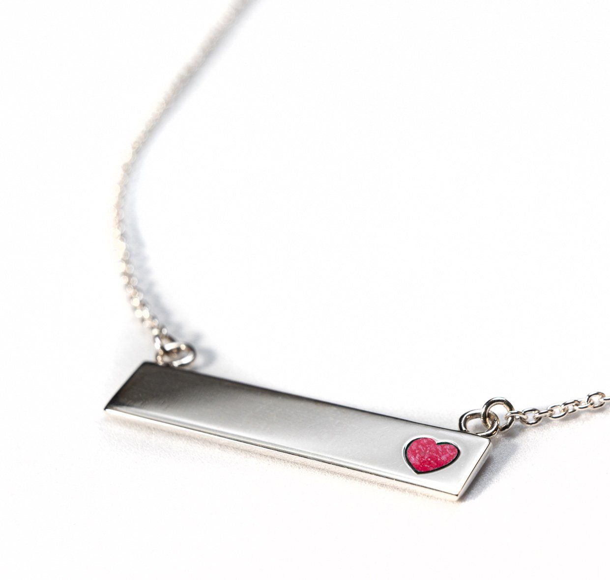 Sterling Silver Bar Necklace with Heart Everence Inlay everence.life Scarlet