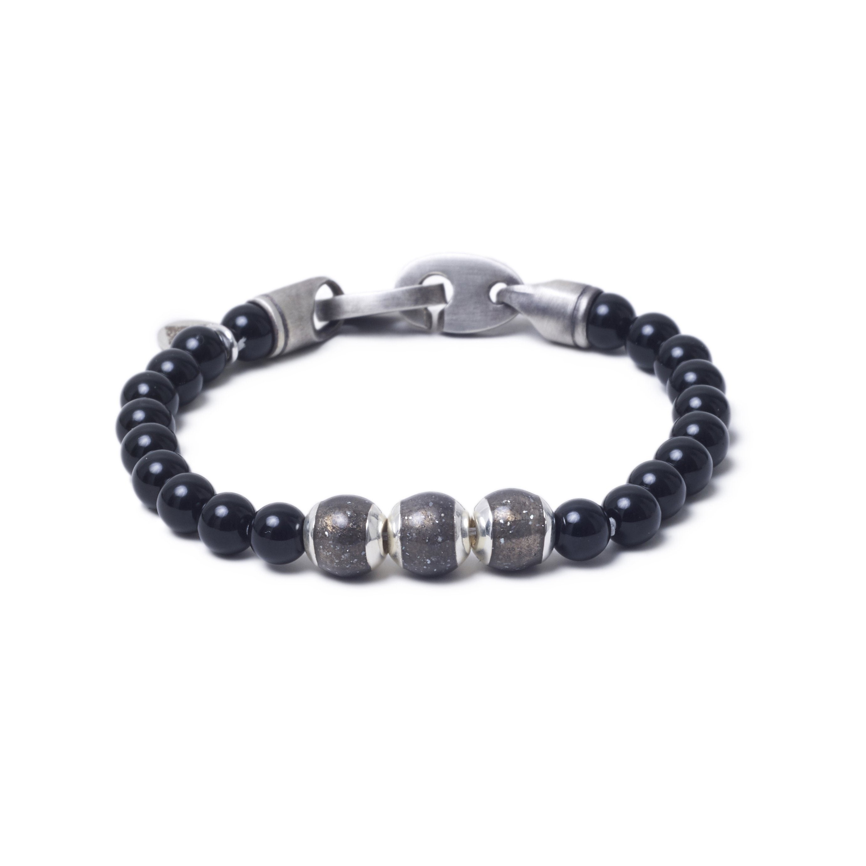 Onyx, Three Everence Beads
