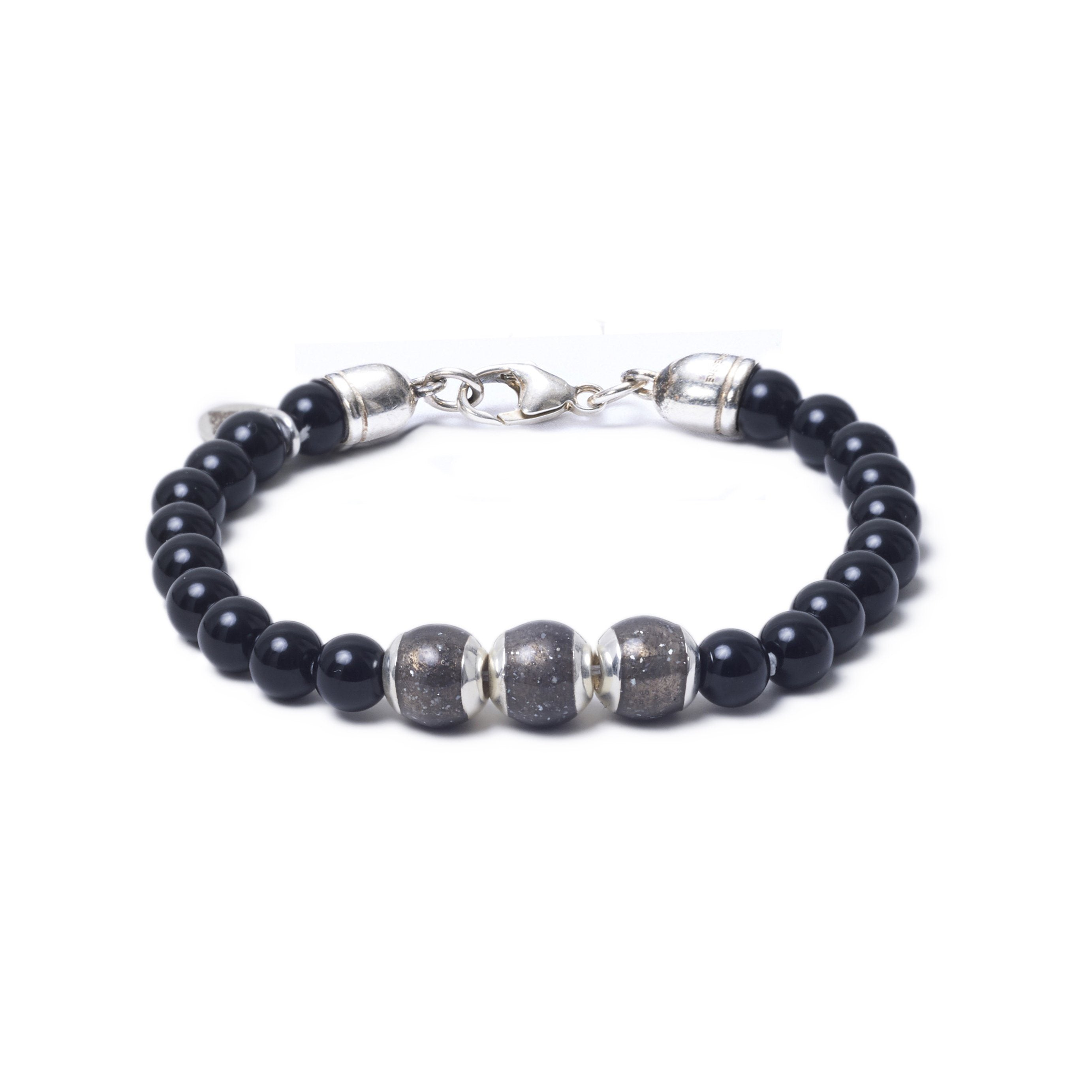 Onyx, Three Everence Beads everence.life Grey Lobster Claw 7