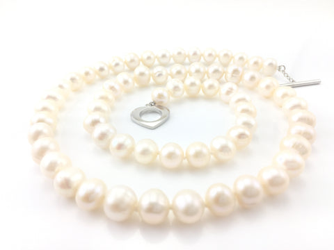 Freshwater Pearl Necklace 22