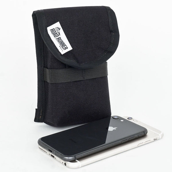 ROAD RUNNER - Phone Pouch 2.0 - Black Cordura