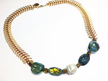 Golden Lab fishbone Necklace w baroque pearl