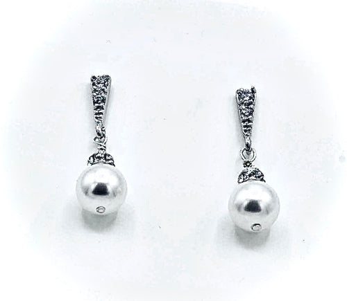 Avery Pearl Drop Earrings