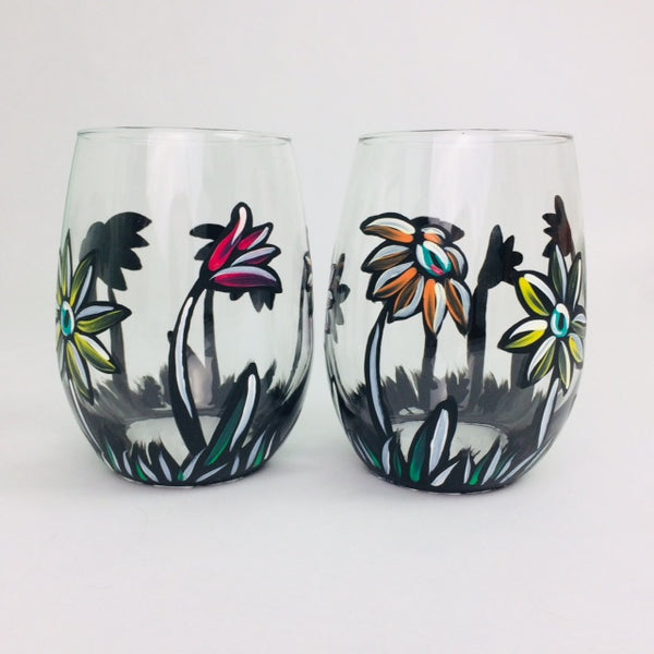 Chalkboard Daisies Stemless Glass
