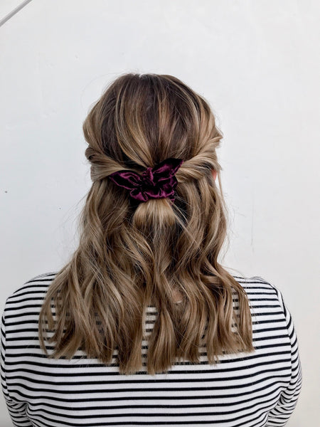 Mini Scrunchie | Cranberry Velvet
