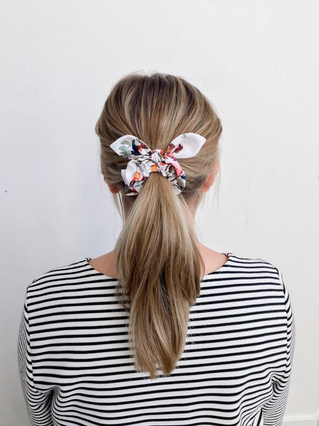 Scrunchie | Winter Floral