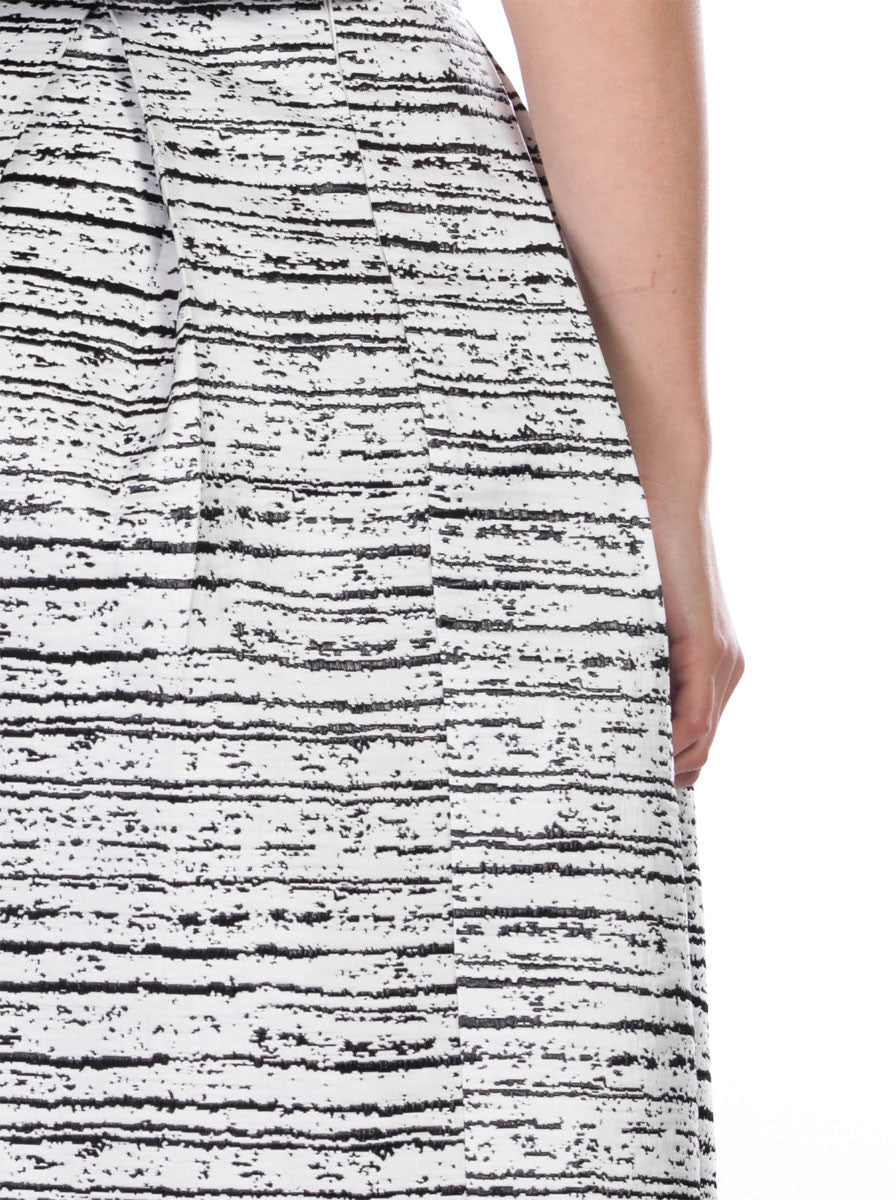 WHITE AND BLACK MIDI SKIRT