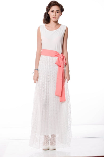 LACE MAXIDRESS WITH CONTRAST BELT