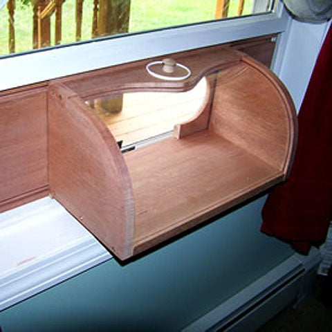 Bread Box In-House Bird Feeder