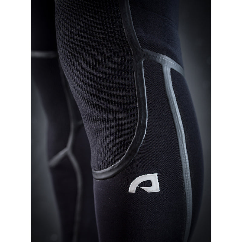 ALPHA Chest Zip 4/3mm Steamer - BLACK / WHITE - ATTICA Wetsuits