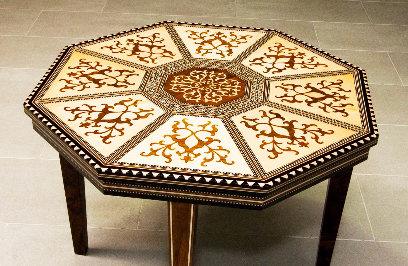intarsia table top