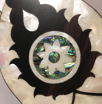 Mother of pearl inlay with shell