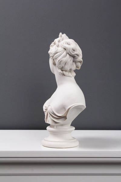 Diana Bust Sculpture - Goddess of Hunting