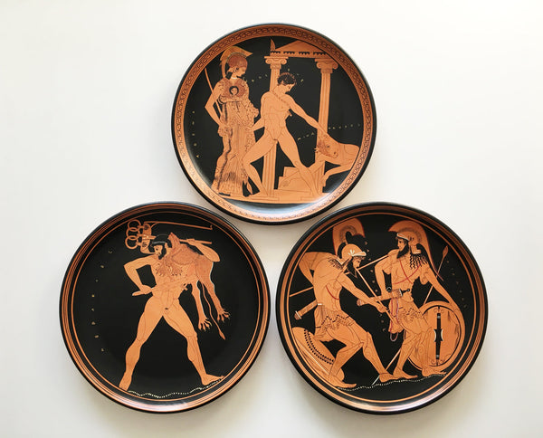 Red-Figure Greek Plate with Heracles - The Ancient Home