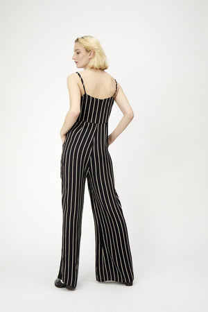 Load image into Gallery viewer, JUST FEMALE ANNA JUMPSUIT 8996 BLACK WHITE STRIPE