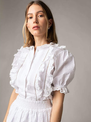 MAUD SCALLOP RUFFLE TOP WHITE