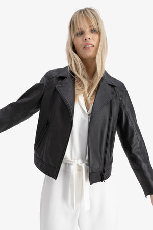 Load image into Gallery viewer, CAMILLA PIHL SORT LEATHER JACKET