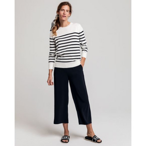 Load image into Gallery viewer, GANT FLUID CULOTTE PANT NAVY