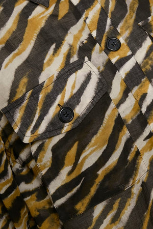 Load image into Gallery viewer, GESTUZ CRISANTAGZ SHIRT ARMY TIGER