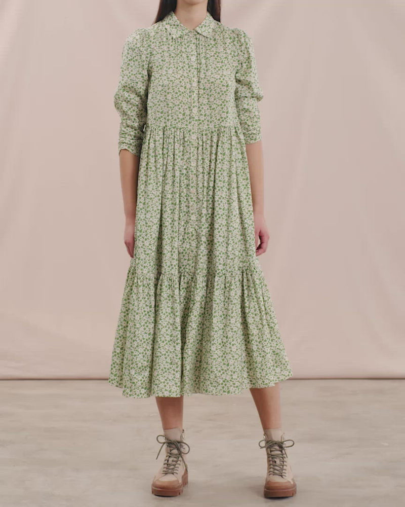 Load and play video in Gallery viewer, BY TIMO DELICATE SHIRT DRESS GREEN GARDEN