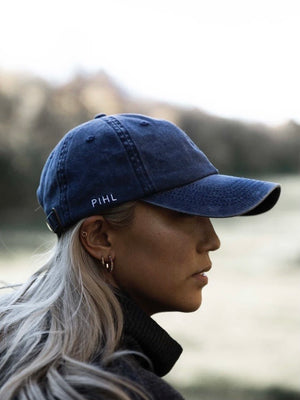 CAMILLA PIHL CAP WASHED NAVY