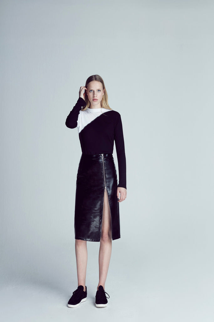 PATENT LEATHER PENCIL SKIRT / BLACK