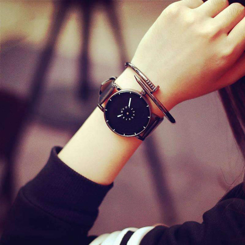 Minimalist Leather Watch  - Good choice for Your a Casual Look