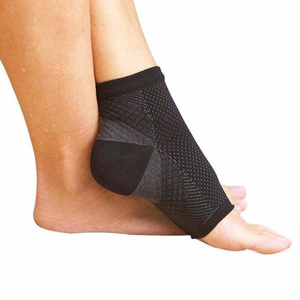 2 PAIR THERAPY FOOT SOCKS - RELIEVE ACHY HEEL & FEET!