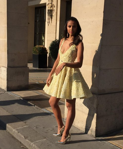 Short V Neck Yellow Pretty Lace Homecoming/Prom/Cocktail Party Dress - FlosLuna