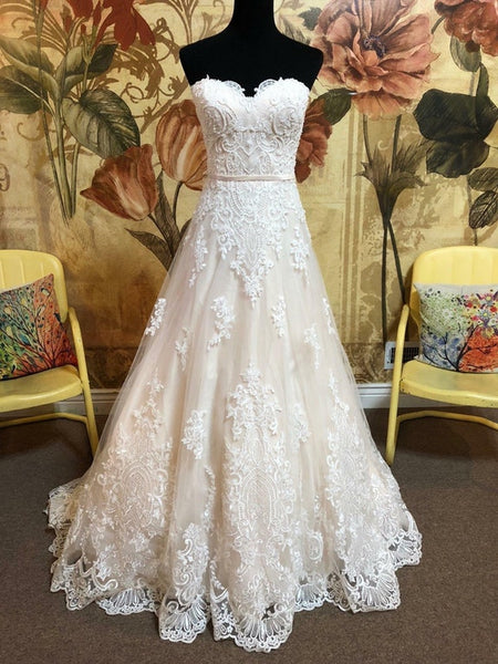 A-line Lace Applique Beaded Princess Wedding Dress Sexy Sweetheart Lace Bridal Gowns 2018 - FlosLuna