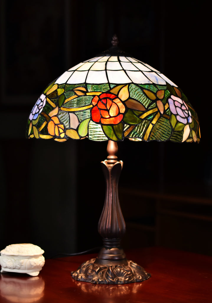 "16"" Romantic Rose Style Tiffany Table Lamp"