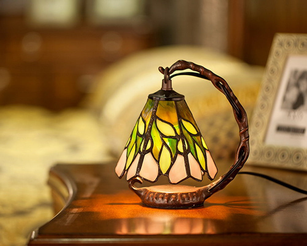 Minimal Art Green Leaf Pattern Mini Tiffany Stained Glass Night Lamp