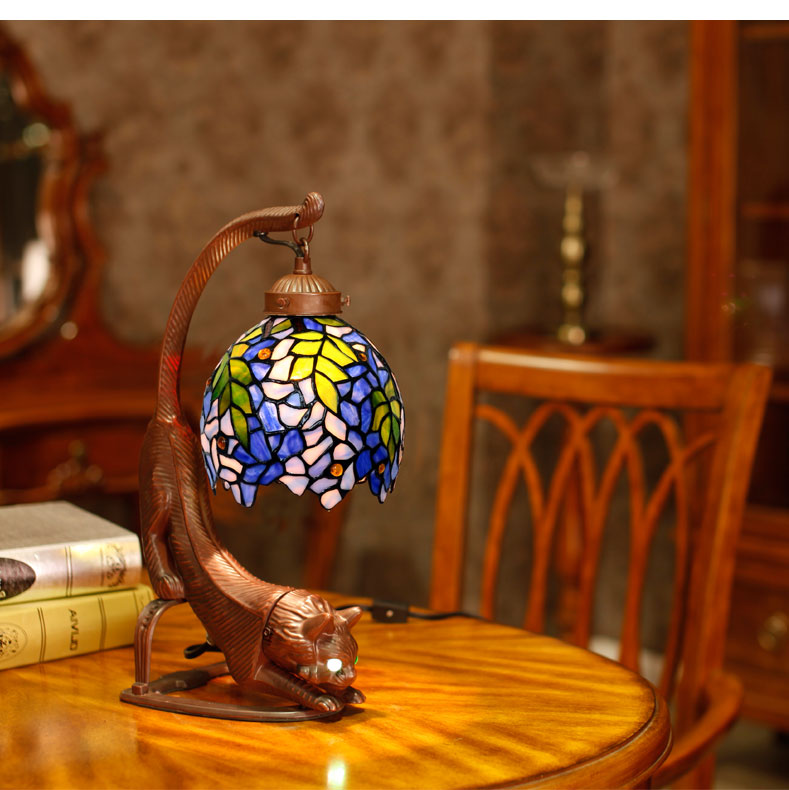 Cat Art Stained Glass Tiffany Blue Wisteria Table Desk Lamp Night Light eyes light up