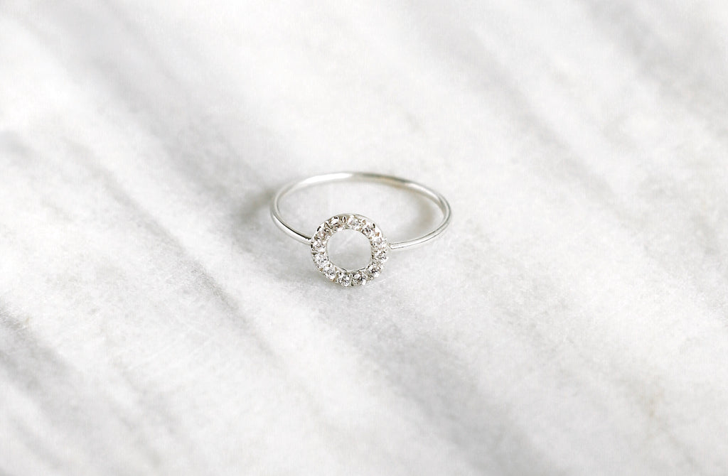 Round Outline Pavé Ring