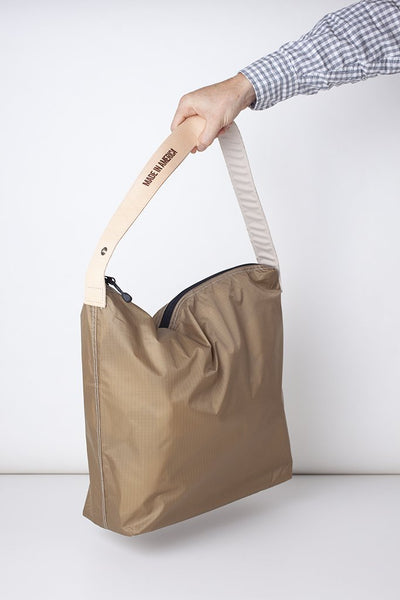Regular Crossing Bag 18""
