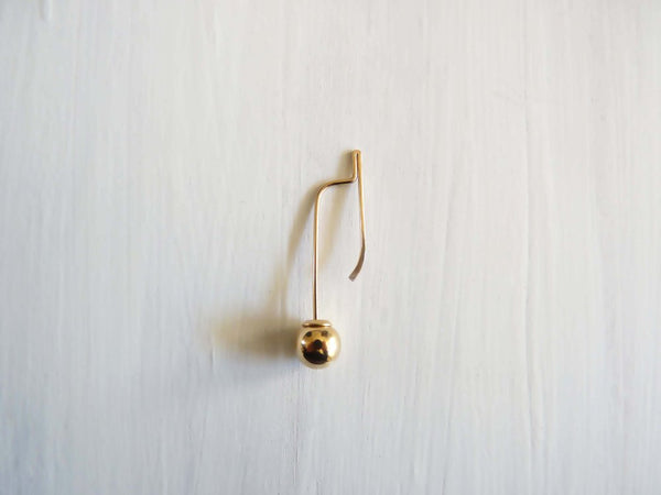 Cinq Maquette Ear Drop Gold CI MQ EAR GD