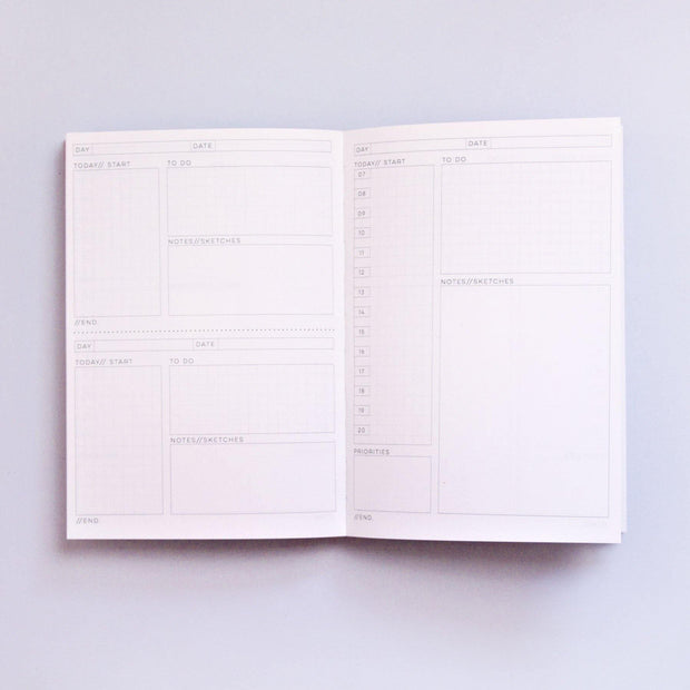 The Completist – Speckle Daily Planner – Planificador Diario A5 (15 x 21cm)